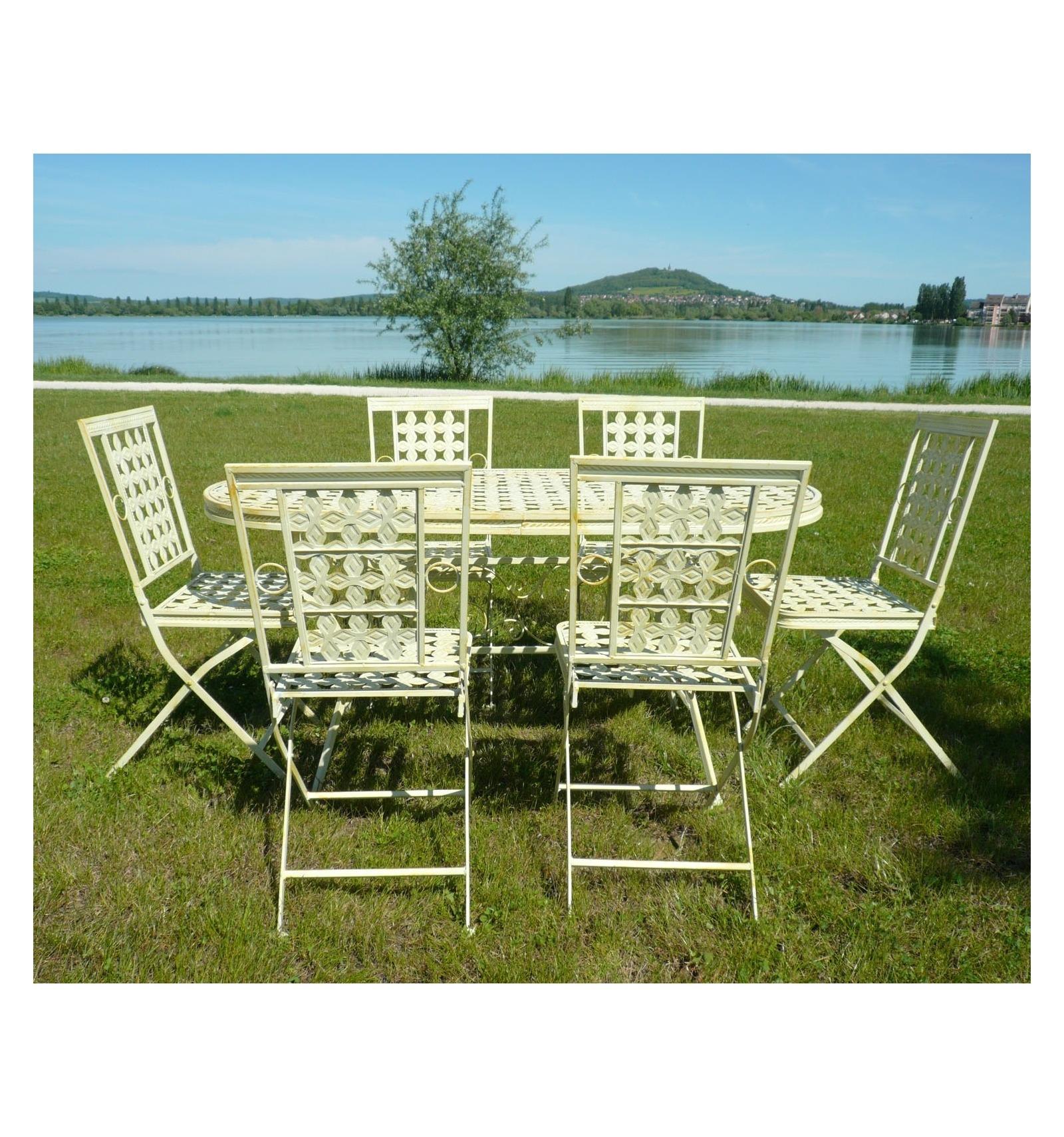 Mesas de jardin de hierro dise os arquitect nicos - Muebles de hierro forjado para jardin ...