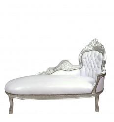 Tumbona barroca blanca y plateada.