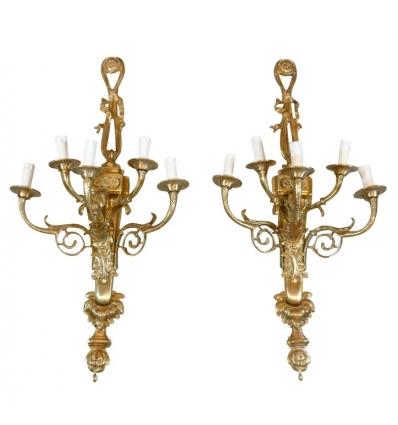 Paar Bronzelampen im Stil Louis XVI