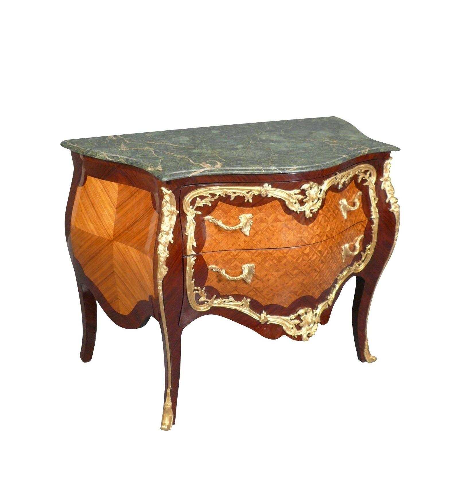 Commode louis xv copie de meuble de style ancien for Copie meuble ancien