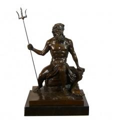 Statue en bronze de Neptune
