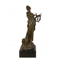 Statue en bronze - La Muse à la lyre