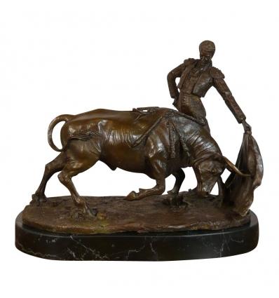 Bronzen Beeld the matador, een Sculptuur en art deco meubels -