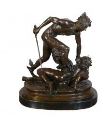 Perseus holding the head of Medusa - Bronze statue