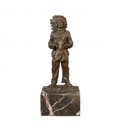 Bronsstaty av en American Indian - skulptur - art deco-möbler -