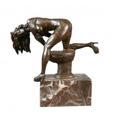 Statue en bronze d'une femme - Sculpture érotique nue