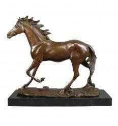 Caballo - estatua de bronce