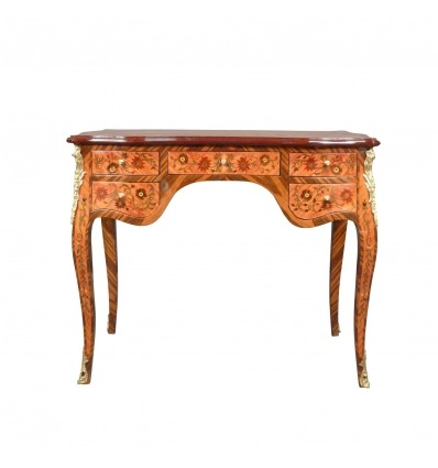 Louis XV desk with a beautiful flowered marquetry - Furniture style