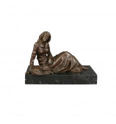 Statue en bronze - Une femme et son chat