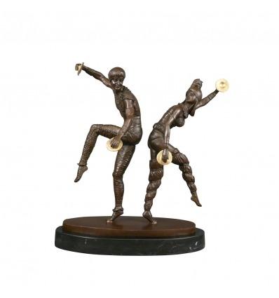 Socha z bronzu - ruský pár tanečníků -