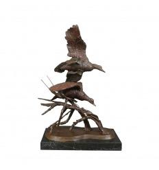 Estatua de bronce de los patos.