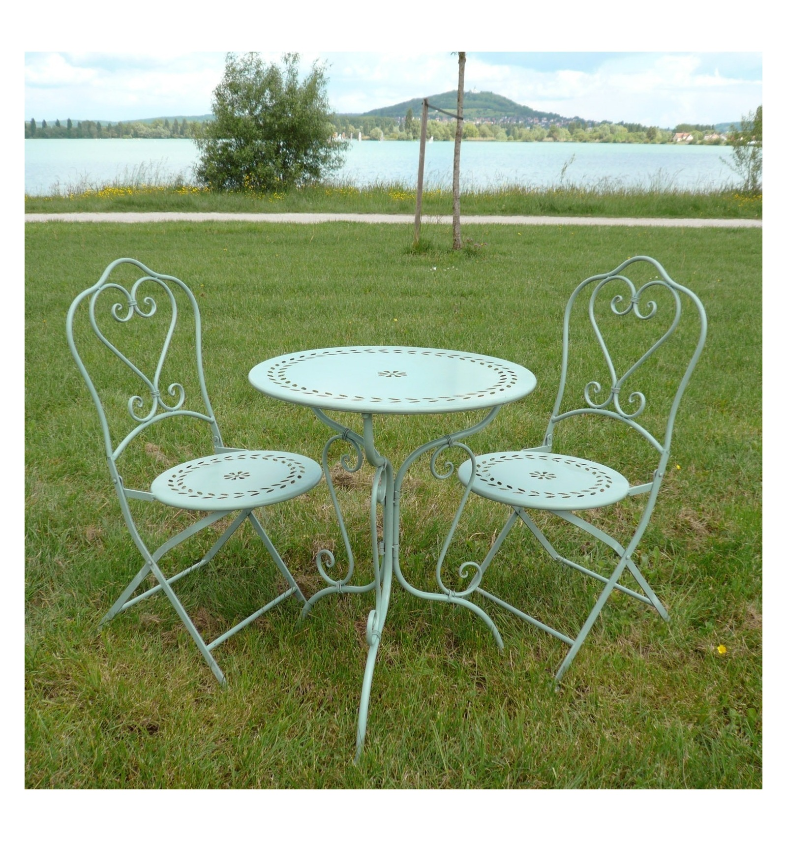 set of bistro in wrought iron 1 table 2 chairs