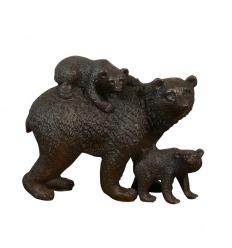 Statua di bronzo - L'orso e i suoi cuccioli