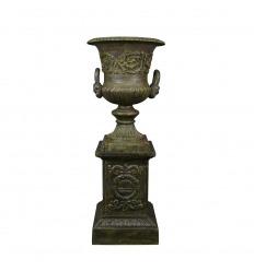 Medicis cast iron vase on base - H: 112 cm