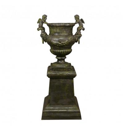 Cast iron vase with cherubs - H: 95 cm - Medici Vases -