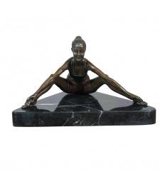 Bailarina, mujer escultura de bronce.