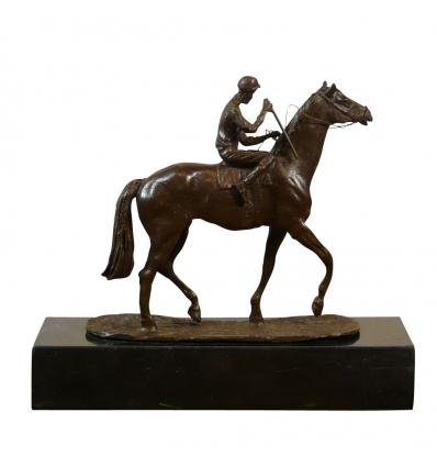Estatua de bronce - El jinete, pequeño bronce ecuestre. -