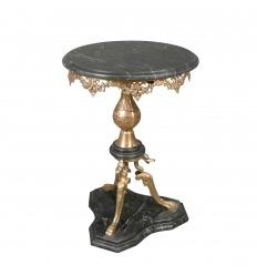 Pedestal de vuelta de Egipto en bronce y mármol negro.