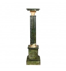 Зеленый мрамор столбца стиль Наполеона III