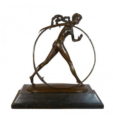 Bailarina con aro - Escultura de bronce art deco - Decoración -
