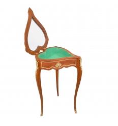 Vetrina di Louis XV tavolo