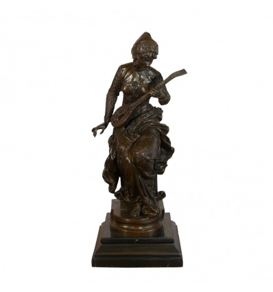 Bronze sculpture - The lute player - Statue of musician -