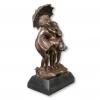 Statua di bronzo - Tre ragazze sotto la pioggia