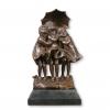 Statue en bronze - Trois fillettes sous la pluie