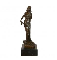 Sculpture en bronze femme déesse grecque ou romaine