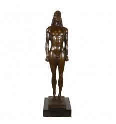 Kouros - Reproducción en bronce de una estatua griega de Kouroî