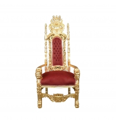 Rode en gouden barokke koninklijke troonstoel