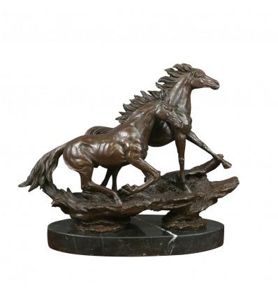 Caballos al galope - Escultura de bronce - Estatuas ecuestres -