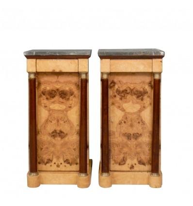 Paar nachtkastjes in de empire-stijl van de Meubels, dressoirs, Louis XV-stijl