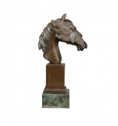 Statua in bronzo - busto di un cavallo