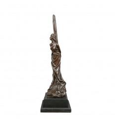 Escultura de bronce - El rehén