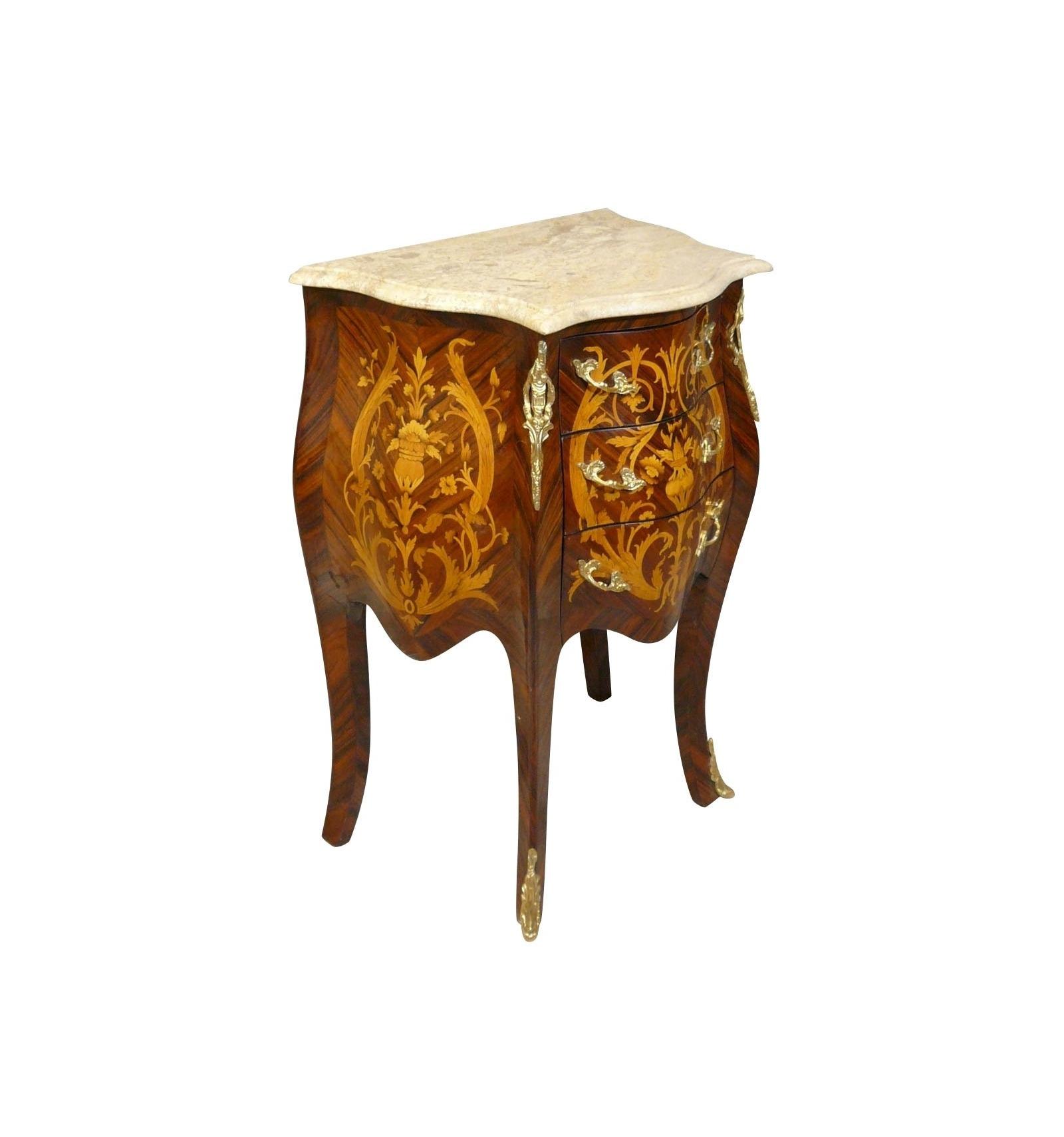 commode louis xv bahut buffet et mobilier de style ancien. Black Bedroom Furniture Sets. Home Design Ideas