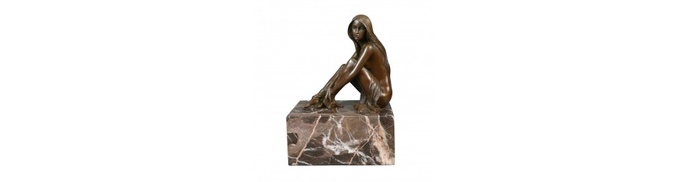 Statues en bronze érotiques