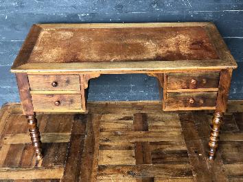 Bureau Louis Philippe avec 4 tiroirs