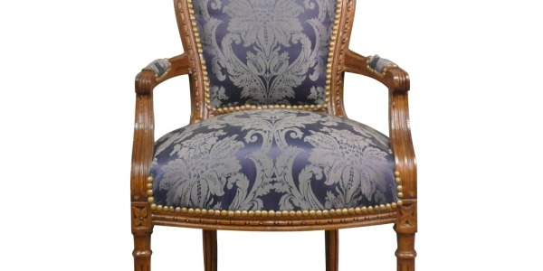 How to recognize a louis XVI-era chair