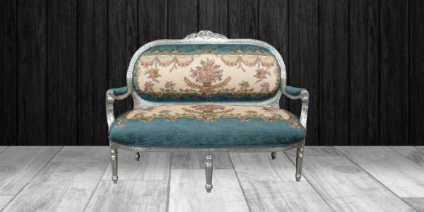 A former Louis XVI sofa restyled